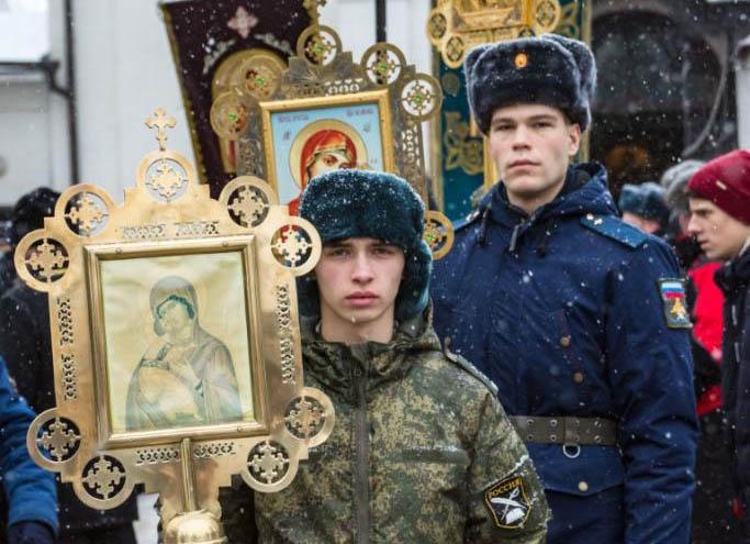 Крестный ход в день чествования святого благоверного великого князя Александра Невского
